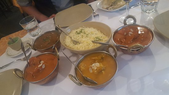 Tandoori  Curry Club - Accommodation Adelaide