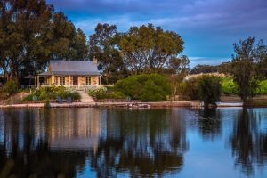 Stonewell Cottages and Vineyards - Accommodation Adelaide